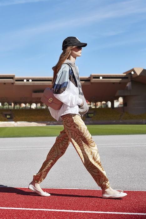 Ветровка легкая курточка. 5 модных вещей в 2021 году
