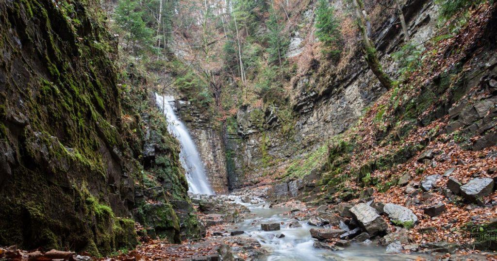 Манявский водопад фото. Место для путешествий